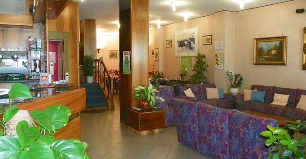 Toscane - Hotel La Vela - Ingresso - Lido di Camaiore (LU)