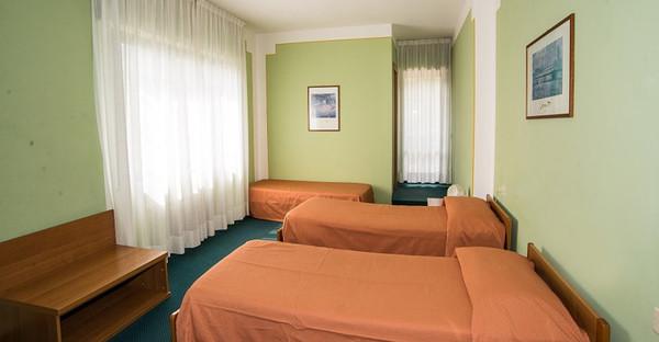 Toscane - HOTEL TRE CASTELLI dispone di 10 camere dotate di tutti i comfort - Gallicano (Lucca)