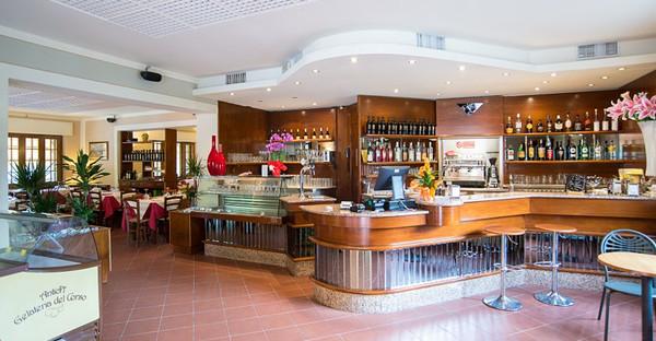 Toscane - TRE CASTELLI Hotel a 3 Stelle a metà strada fra la Garfagnana e Lucca